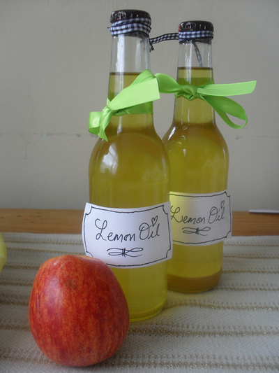 lemon oil,homemade cleaner,home
