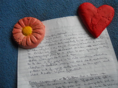 paper weight, heart, flower