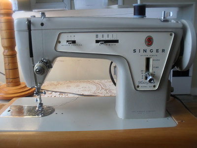 singer 237,sewing machine,sewing,vintage sewing machine